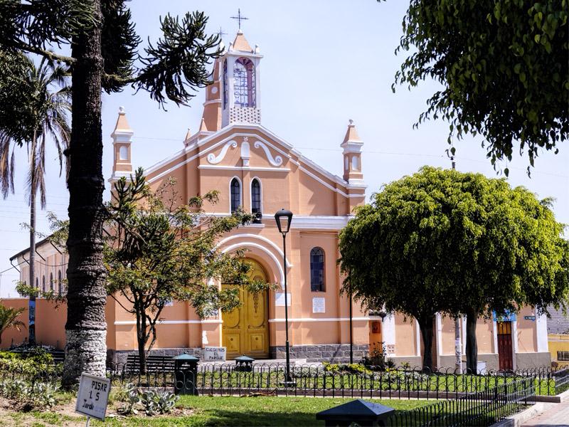 Iglesia Santa Ana de Nayón - Nayón